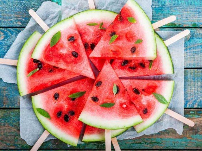 فاكهة البطيخ ألذ أنواع الفاكهة الصيفية ومن أهم فوائدها للجسم