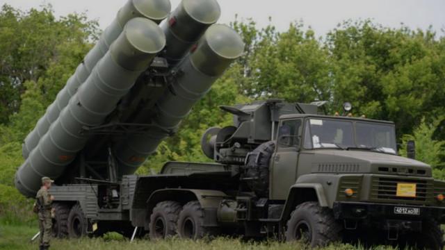 قوات حفتر تنشر منظومة S300 على خط سرت – الجفرة