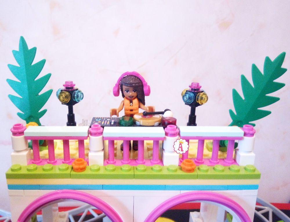 Диджей LEGO Friends фигурка куклы на танцплощадке