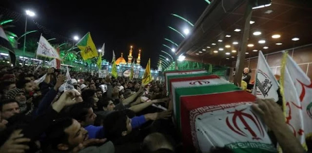 Nyanyian 'Matilah Amerika' Warnai Prosesi Pengantaran Jenazah Qassem Soleimani Di Irak