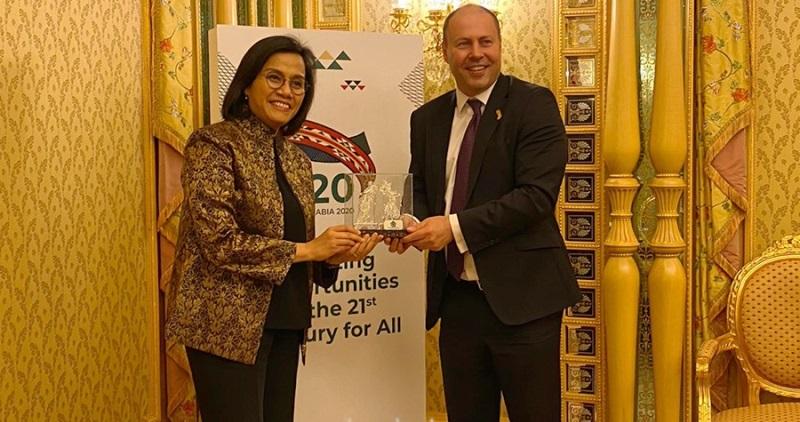 Menteri Keuangan (Menkeu) Sri Mulyani Indrawati memberikan dukungan kepada Organisasi Kerja Sama dan Pembangunan Ekonomi atau Organisation for OECD saat menghadiri pertemuan tingkat Menteri Keuangan dan Gubernur Bank Sentral Negara-Negara G-20 di Riyadh, Arab Saudi, Selasa (25/2/20). (Photo: Kemenkeu)