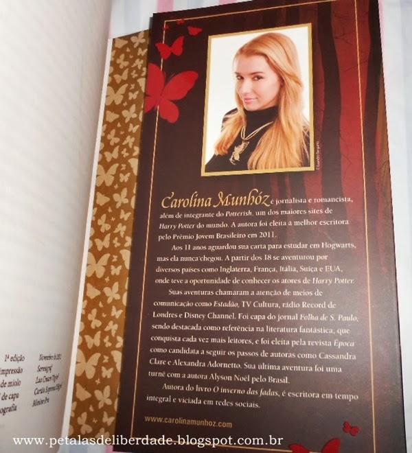 Sobre a autora, livro A Fada, Carolina Munhóz, Fantasy - Casa da Palavra