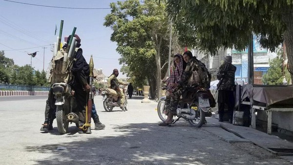 Mulai Terobos Kabul, Taliban Klaim Ingin Ambil Alih Kekuasaan dengan Damai
