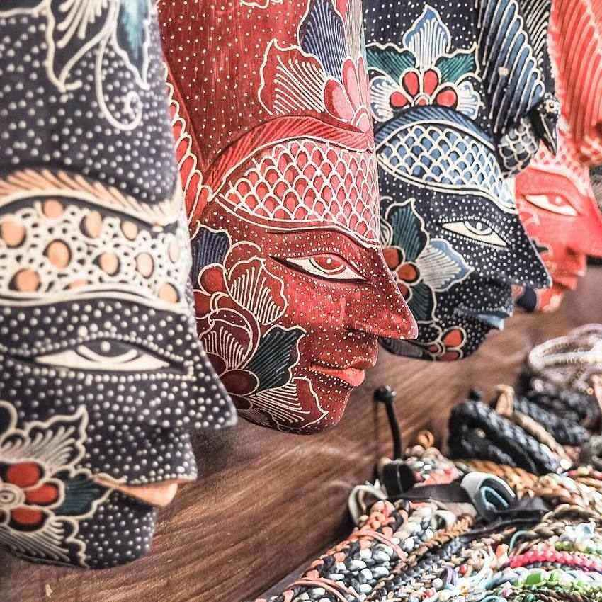 Indonesia Batik: What To Buy In Indonesia: Souvenirs, Gifts And Cheap Stuff