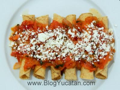 Codzitos Comida de Yucatan