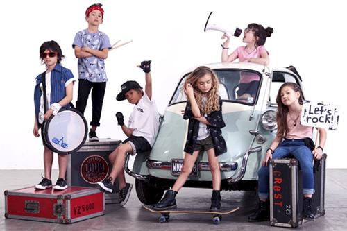 Looks de moda infantil primavera verano 2018. Moda infantil 2018.
