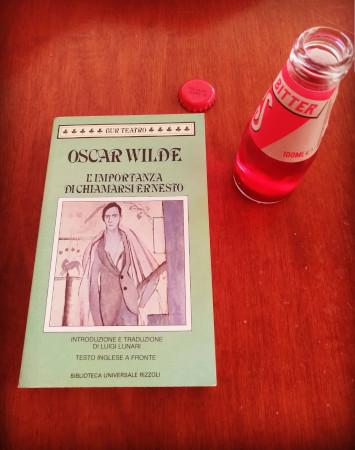 """Recensione del libro """"L'importanza di chiamarsi Ernesto"""" di Oscar Wilde"""