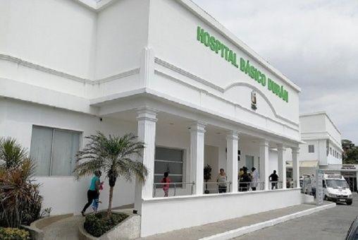 Fiscalía imputa cargos por corrupción en hospital de Ecuador