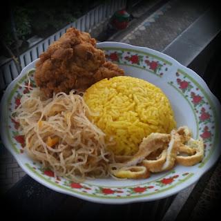 Cara Mengkritik Masakan Istri Tanpa Melukai Perasaannya, Suami Wajib Baca, masakan rumah, home cooking, cinta masakan istri, masakan istri rasanya aneh, tidak enak, kuliner