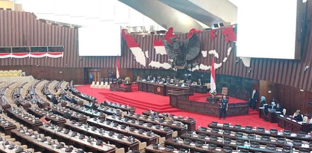 287 Anggota DPR Absen Dari Rapat Paripurna Yang Dihadiri Sri Mulyani
