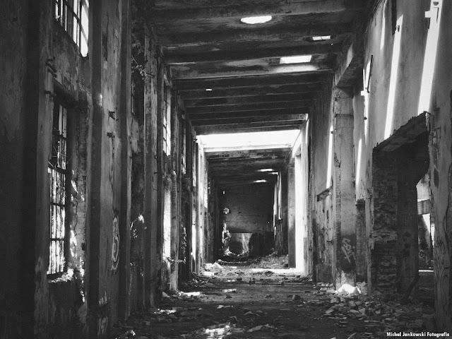 Fabryka Ursus Warszawa nowe zdjęcia 2016 aktualnie, wyburzają, Industrial czarno-białe