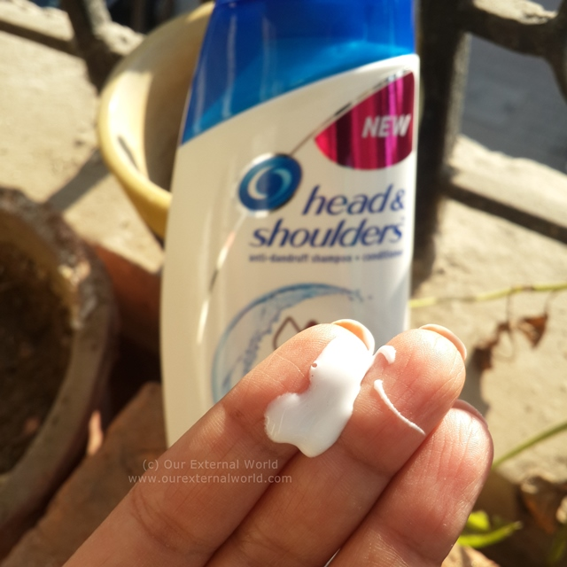 Head & Shoulders 2-in-1 Smooth and Silky