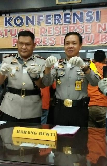 Pers rilis penangkapan pengedar narkoba di Batubara.
