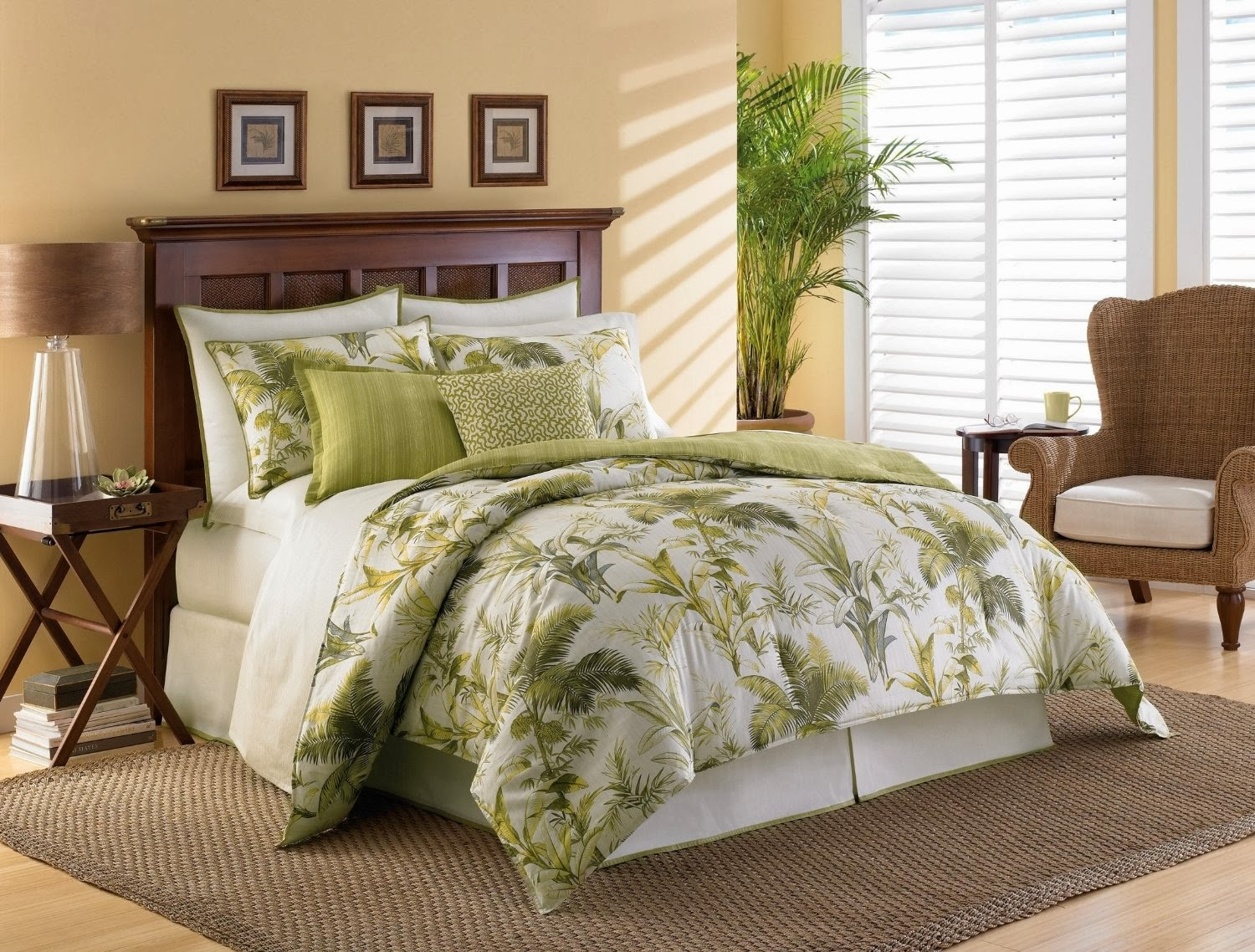 Tommy Bahama Island Botanical Comforter Set, Queen