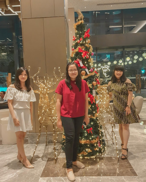 four points by sheraton surabaya christmas dinner with best friends from university iSTTS institut sains dan teknologi terpadu surabaya