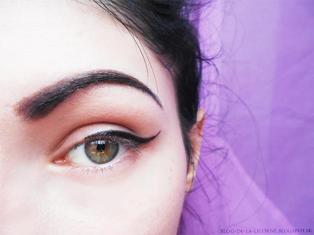 Oriflame Maxi očná linka v pere The ONE recenzia