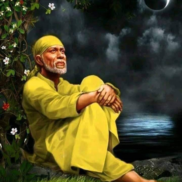 Yellow Color Clothes wear Sai baba in this images