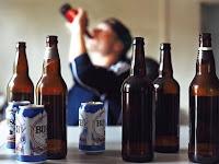 Ciri-ciri Ini Menandakan Bahwa Kamu Pecandu Alkohol