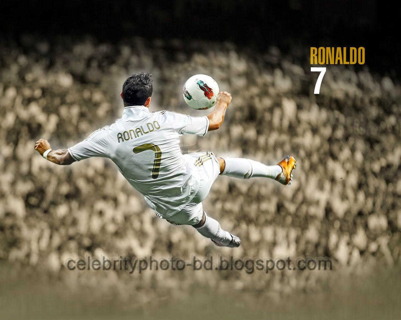 World's Great Football Player Cristiano Ronaldo Stylish hd Wallpapers And Photos With Short Biography