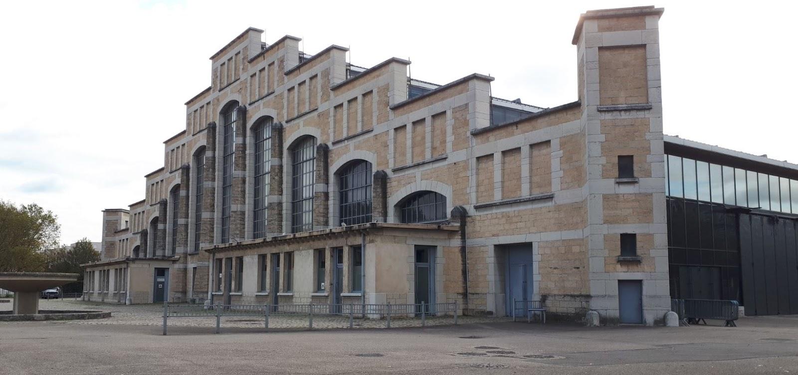 La Halle Tony Garnier à Lyon, salle de concerts et lieu d'événements