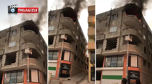 Bozova merkezde ev yangını
