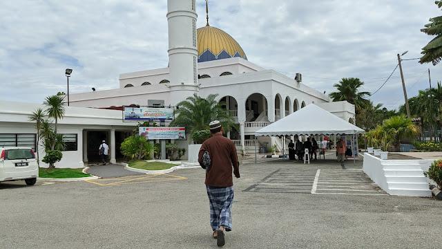 solat jumaat di masjid temerloh jaya dalam tempoh pkpp