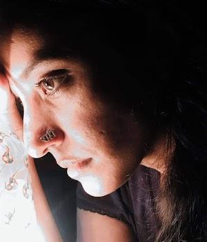 Aaj mai udash hu (Alone girl ki kahani) आज मैं उदास हूं