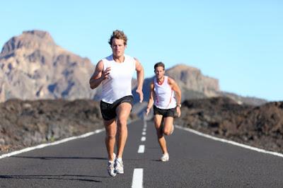 Latihan kecepatan [image by basket.sportku.com]