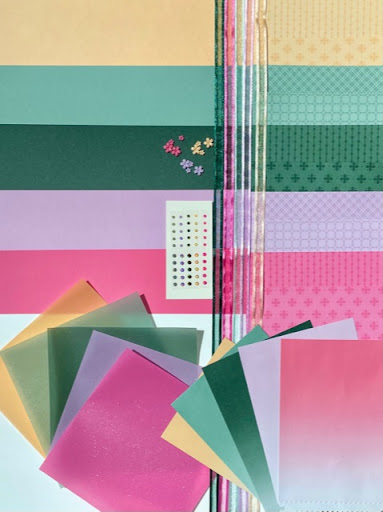 "Materialpaket ""In Color 2021-2023"""
