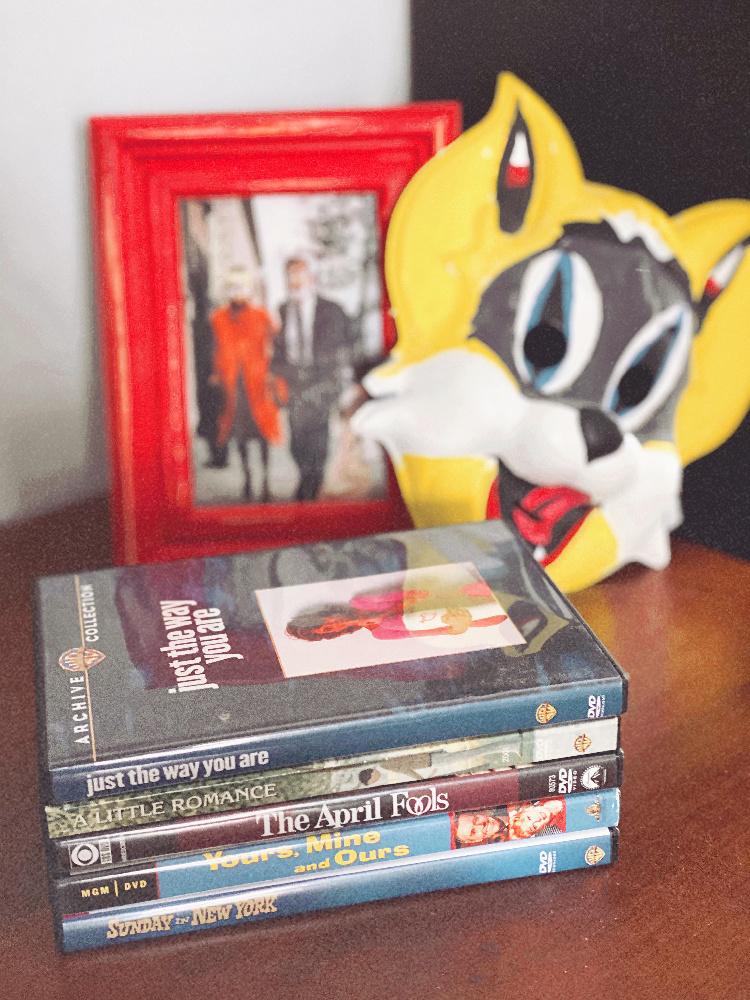 A Vintage Nerd, Vintage Blog, Retro Lifestyle Blog, Movie Blog, Old Hollywood Blog, Audrey Hepburn Breakfast at Tiffany's, Breakfast at Tiffany's Mask