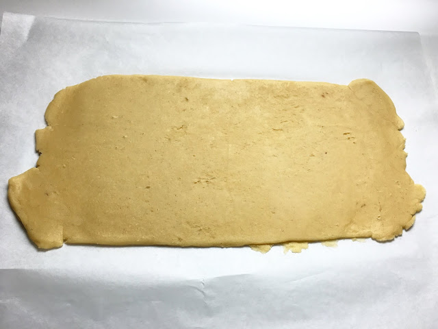 Rolled Sheet of Vanilla Shortbread (Pate Sablee)