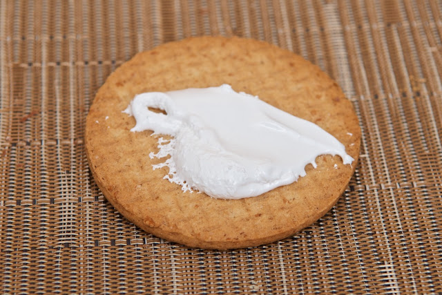 McVitie's - United Biscuits - Biscuits - Marshmallow Fluff - Fluff -Sablés Anglais Original - Digestive biscuit - Scottish biscuit - Cheesecake - dessert - oat -