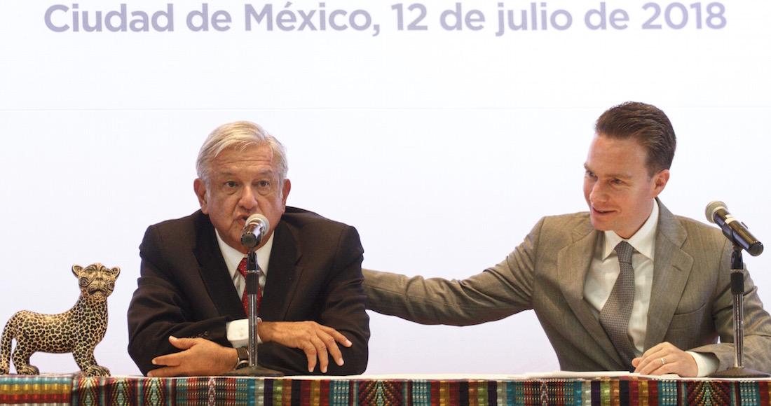 """Manuel Velasco apoya a Morena por fideicomiso, y dice que el INE """"castiga"""" y """"sataniza"""" una iniciativa humanista."""