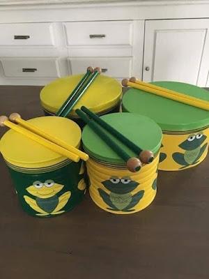 Instrumentos hechos con materiales reciclados para niños