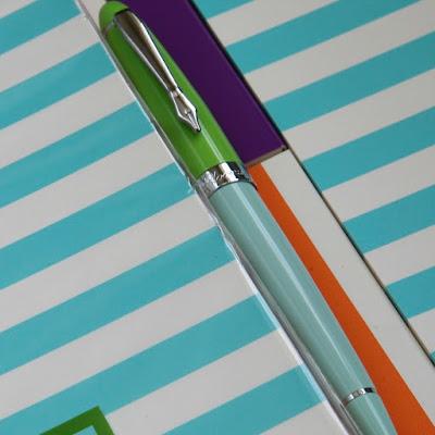 Plooms fountain pen