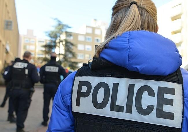 Val-d'Oise (95) : un homme venu porter plainte agressé gravement à coups de machette