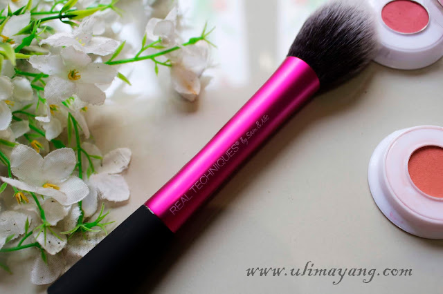 review-hasil-make-up-aplikasi-blush-on-pakek-kuas-real-techniques-blush-brush