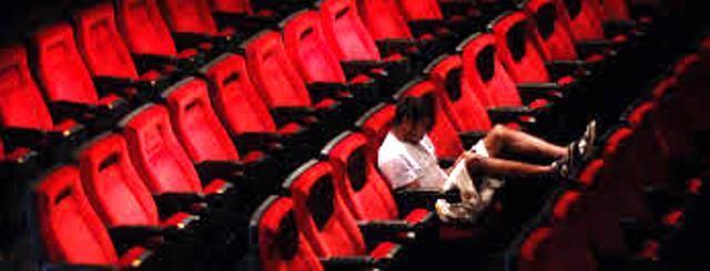 10 Alasan Orang Malas Ke Bioskop - Chyrun.com