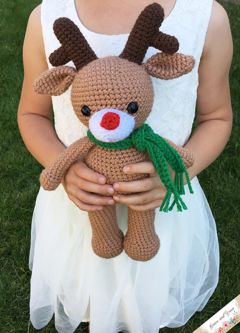 Amigurumi Reindeer - A Free Crochet Pattern | Grace and Yarn