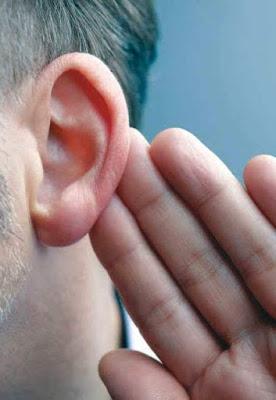 الهواتف الذكية تهدد مليار شخص بفقدان السمع