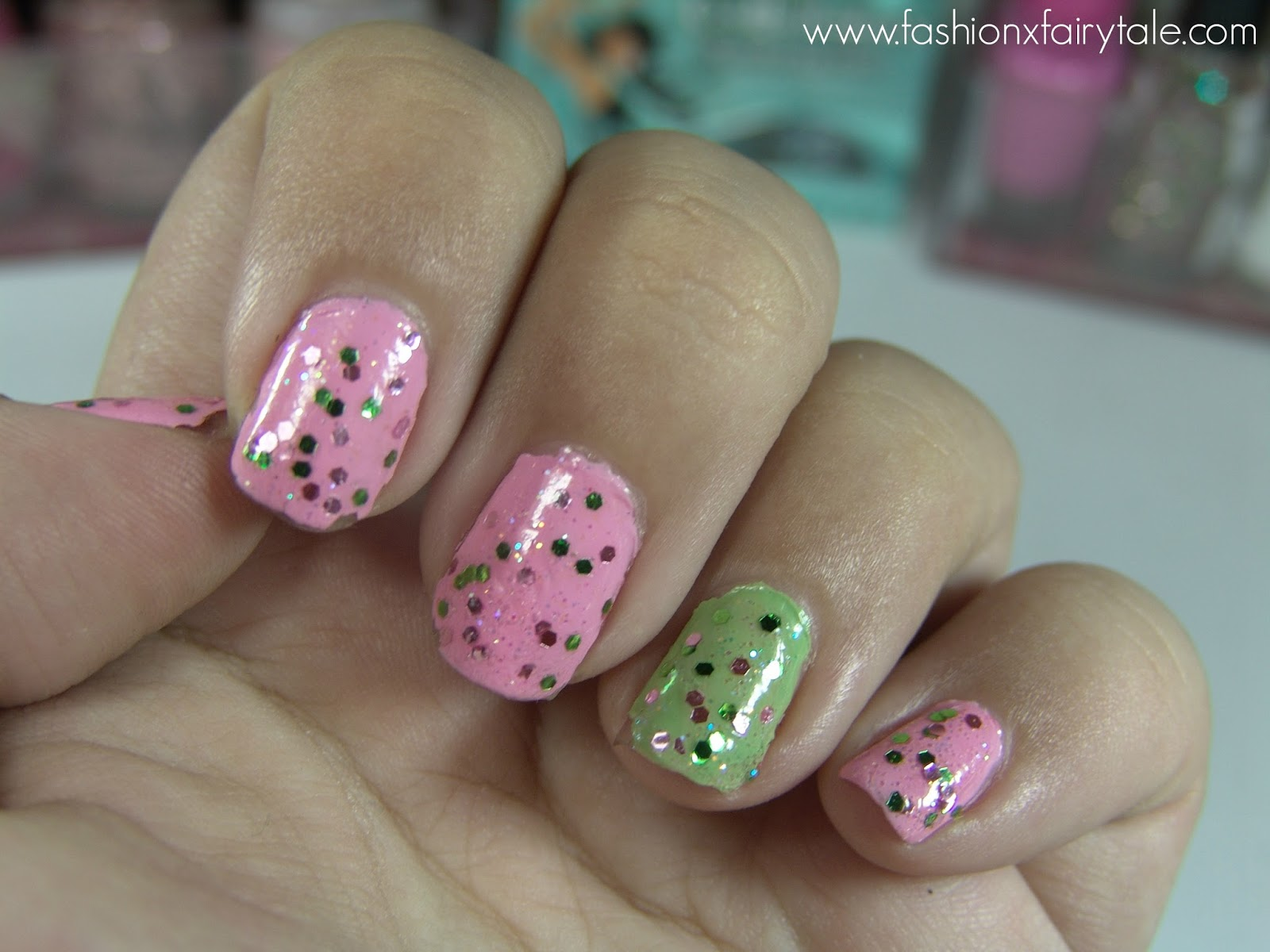 Nails | That Disco Ball Gossiped on the First Date