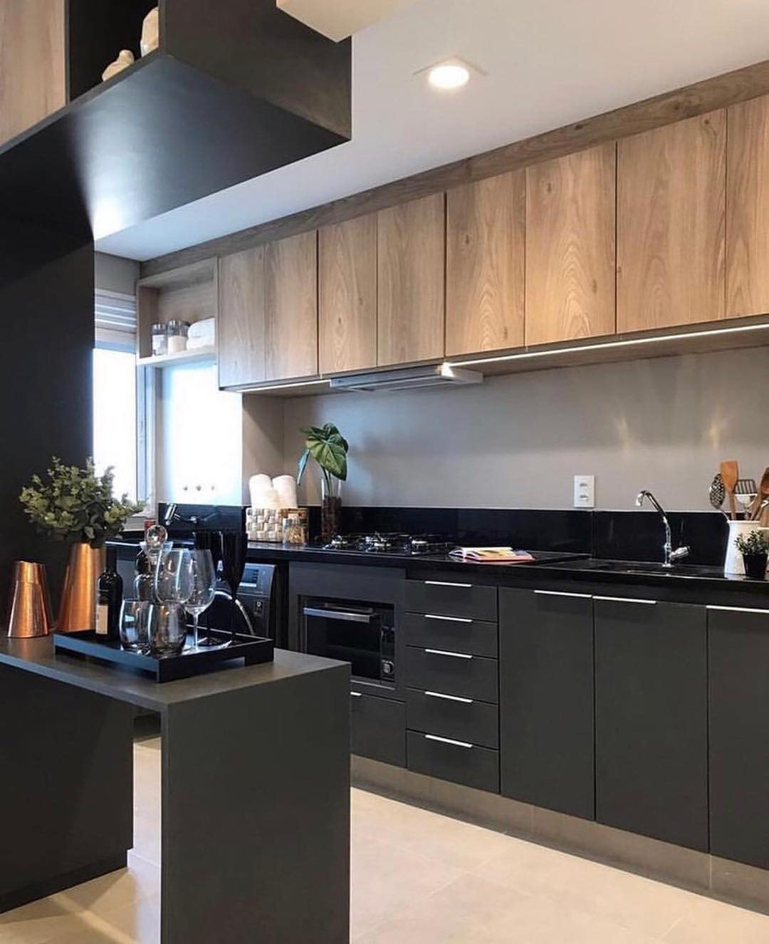 the black kitchen that helps to find your mood