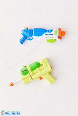 World smallest water blaster and Nerf Super Soaker 1