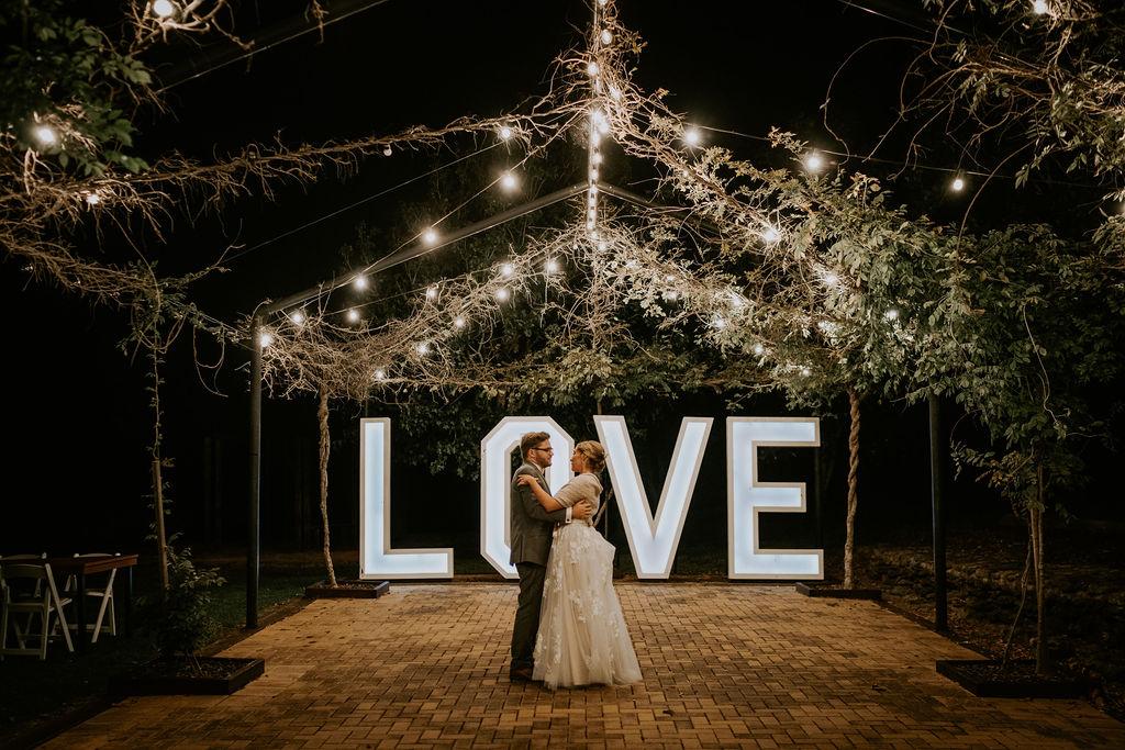 el simpson photography preston peak winery toowoomba real weddings