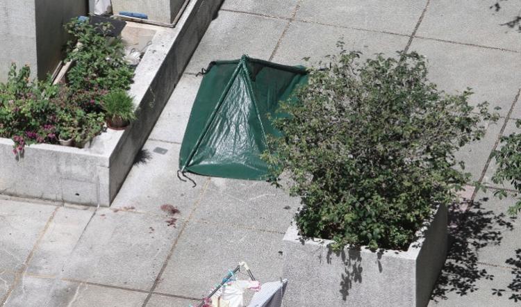 Ibu dan Anak ditemukan Meninggal Dunia Tergeletak di Kwai Chung