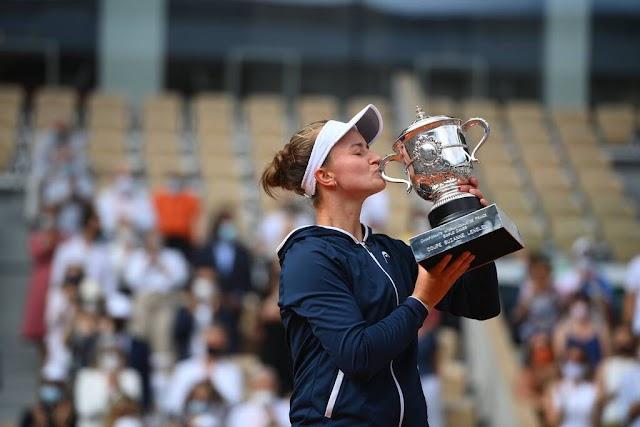 Roland Garros: Νίκησε και το σήκωσε η Κρεϊτσίκοβα