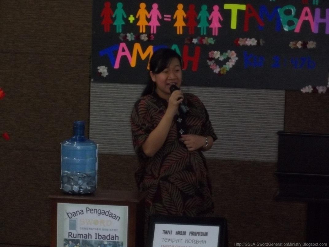Syela Harnas Wanita GSJA Sword 2011