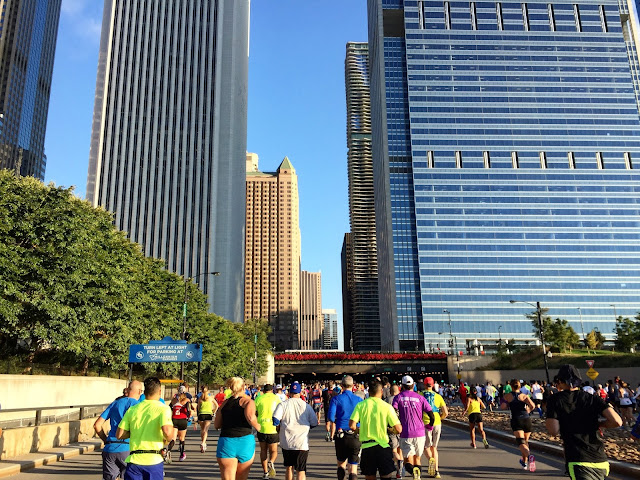 Chicago Marathon running