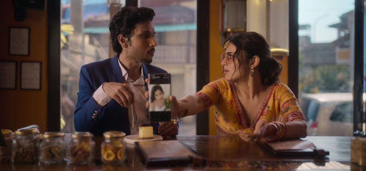 Download Feels Like Ishq 2021 (Season 1) Hindi {Netflix Series} WeB-DL