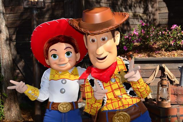 Encontro com os personagens de Toy Story